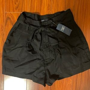Abercrombie & Fitch Paperbag Waist Shorts